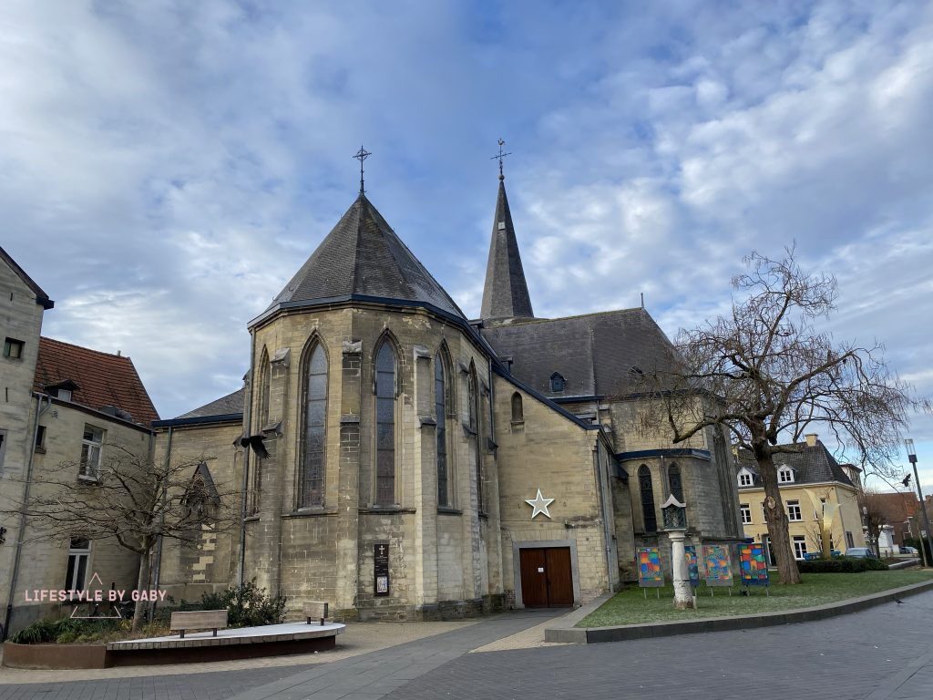 Valkenburg kerk
